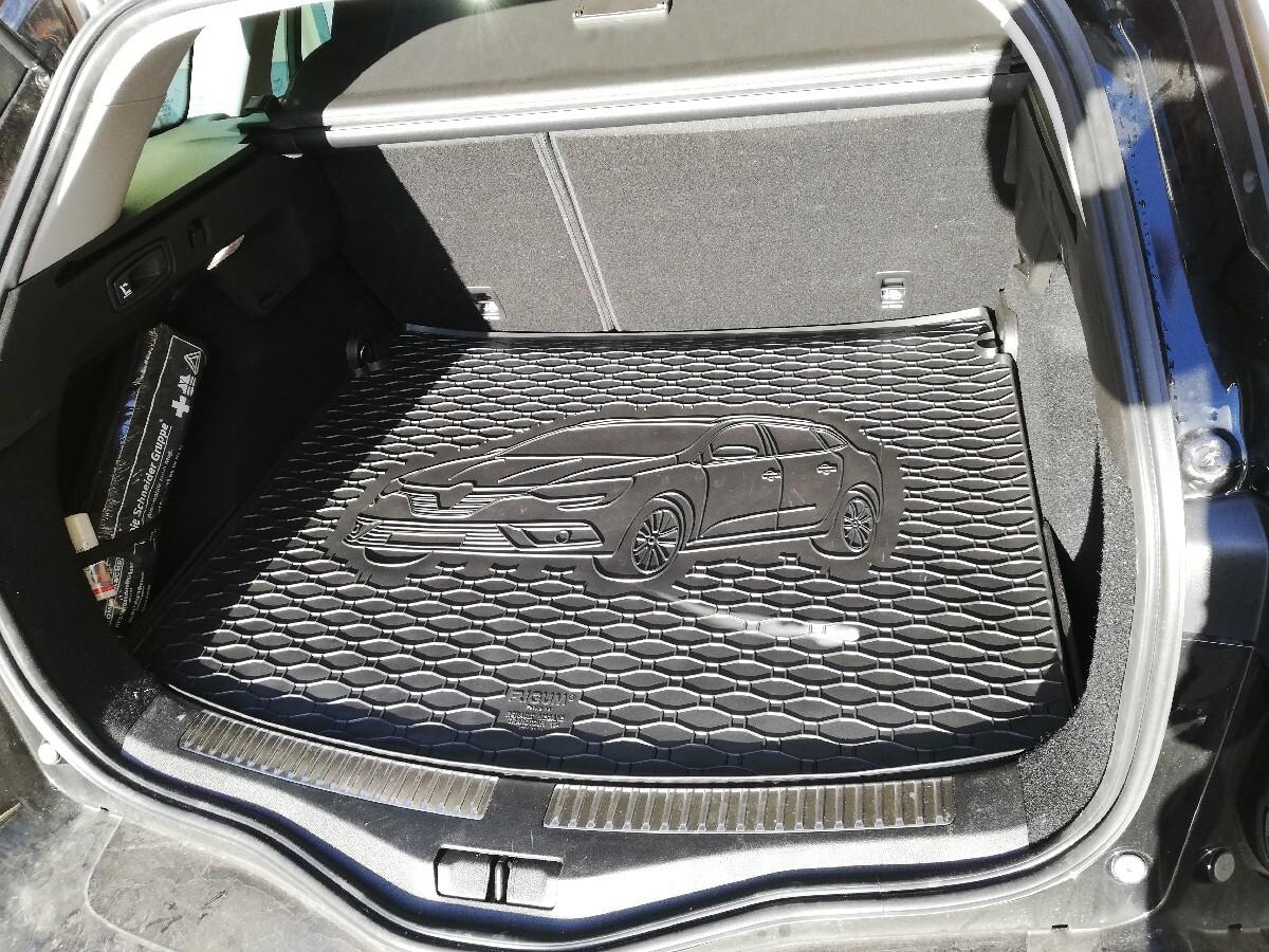 neue Kofferraummatte